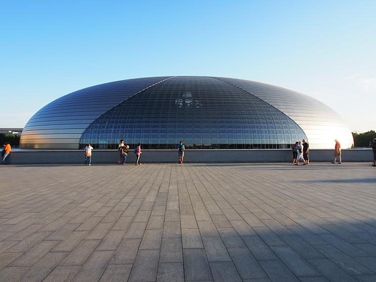 L'opéra de Pékin, surnommé l'œuf au plat !