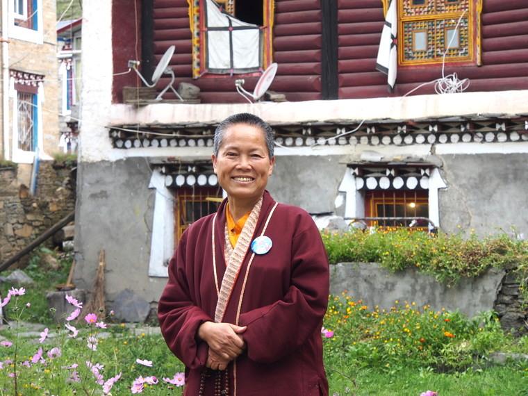 Portrait d'une moine à Tagong, Sichuan, Chine