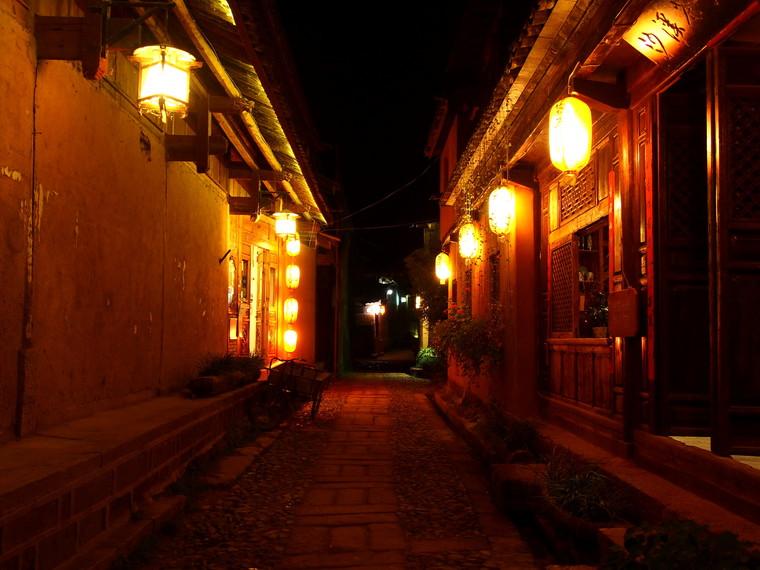 Les ruelles de Shaxi de nuit