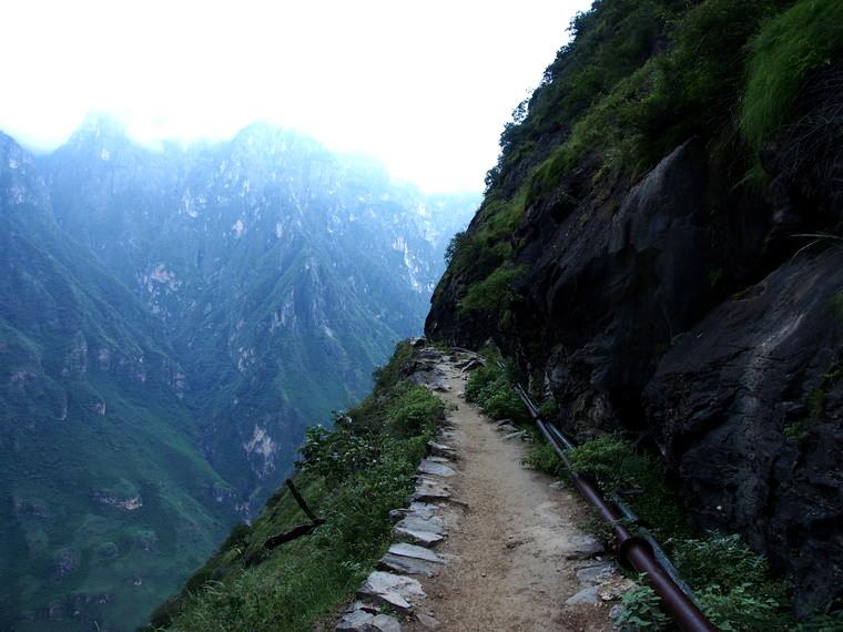 Un des passages qui mène aux Gorges