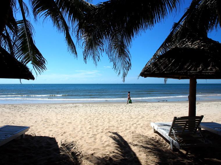 La plage du Nhat Quang Guesthouse