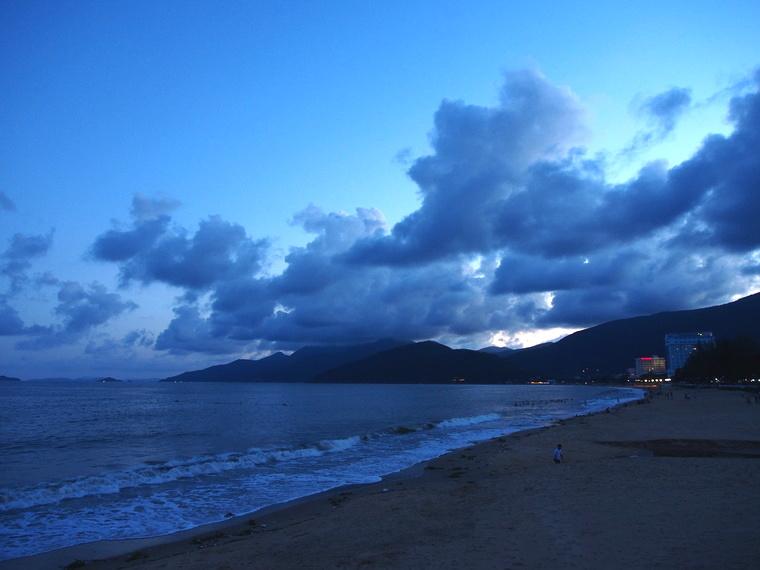 Balde sur la baie de Que Nhon en début de soirée