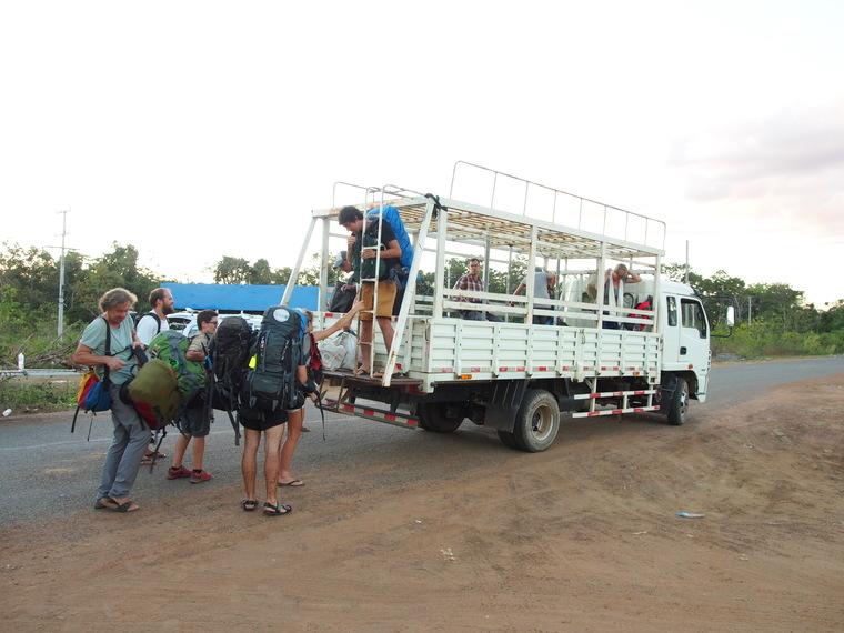 bus frontiere cambodge laos