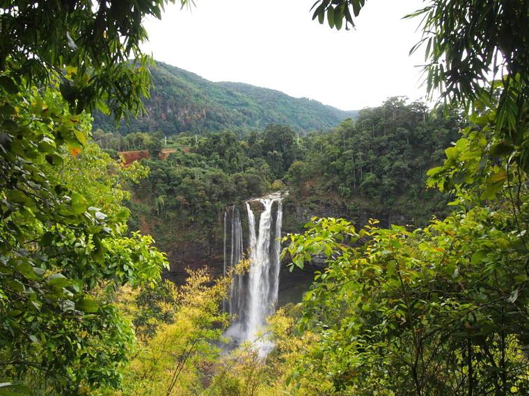 tad katamtok bolaven plateau laos