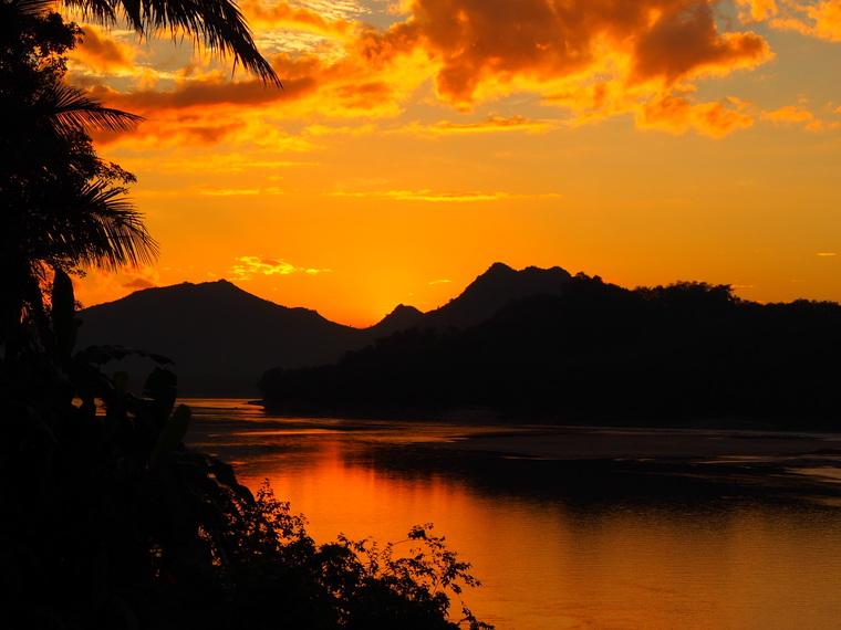 coucher de soleil luang prabang
