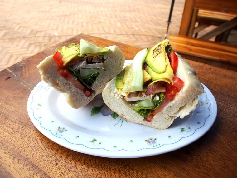 sandwich luang prabang laos