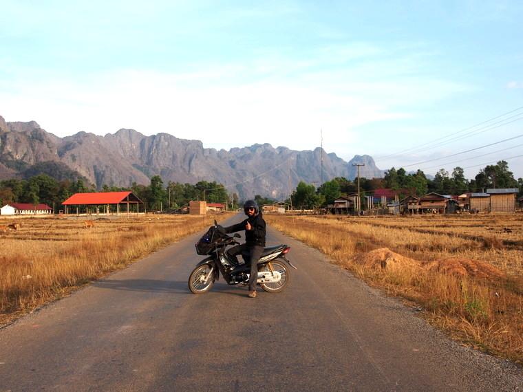 la boucle de thakhek notre super road trip en moto bloup trotters. Black Bedroom Furniture Sets. Home Design Ideas