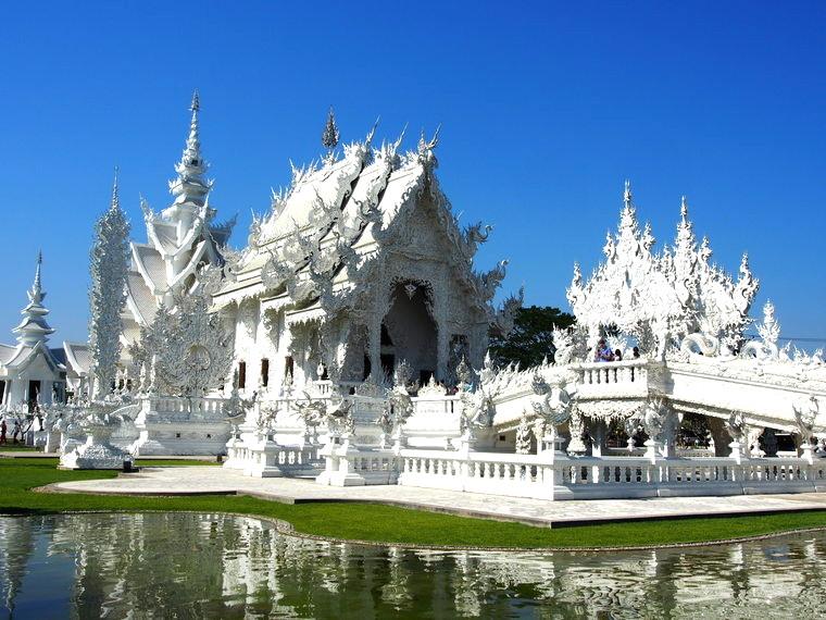 temple blanc chiang rai thailande