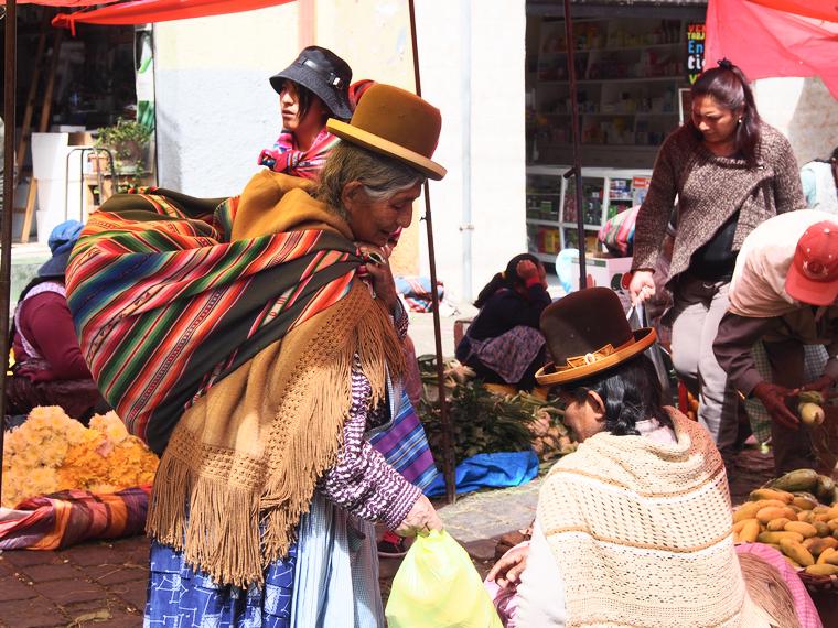 femmes typique bolivie la paz