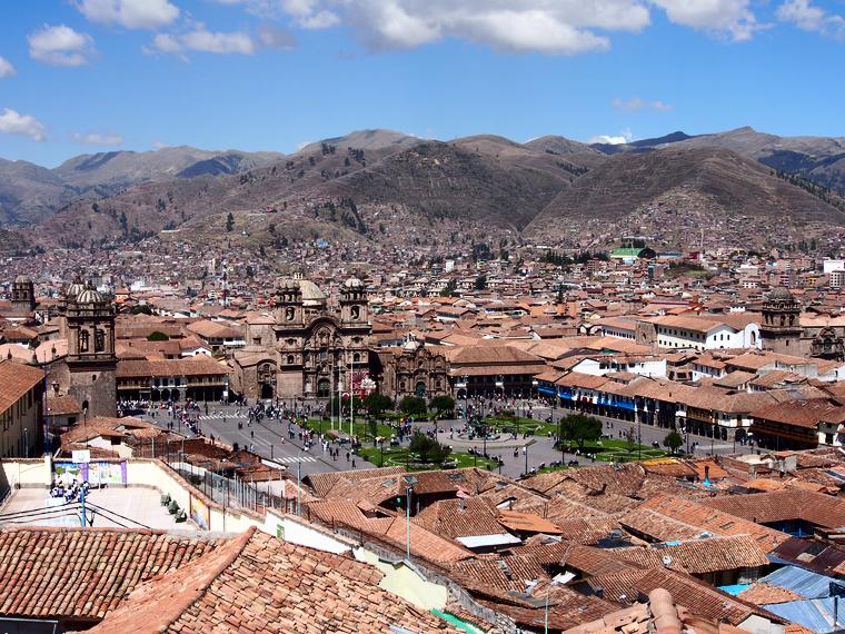 vue-hauteur-ville-cuzco-perou